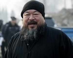 Politia din China: Artistul Ai Weiwei este cercetat pentru