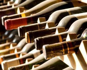 Consumul moderat de alcool duce la o viata longeviva