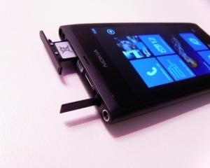 Nokia: Precomenzile pentru Lumia 800 sunt peste asteptari