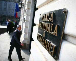 BNR reduce substantial imprumuturile pentru institutiile bancare