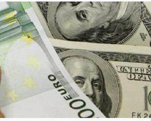 Unitatea monetara europeana, salvata de scaderea euro