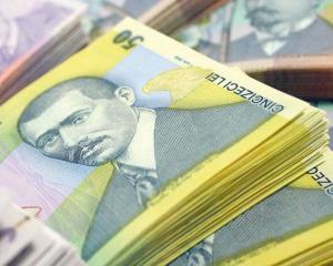 Vezi cum isi gestioneaza banii sefii BNR. Mugur Isarescu a economisit in lei, iar Florin Georgescu a cumparat titluri de stat