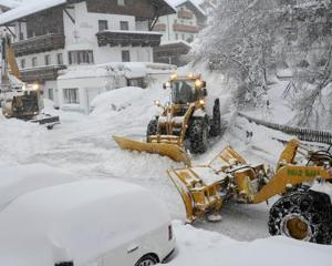 Si la altii e ca la noi: Autoritatile din Austria si Bulgaria, luate prin surprindere de ninsori