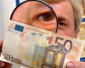 BNR: Falsificatorii de bancnote prefera euro