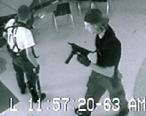 13 statistici alarmante despre posesia de arme in America
