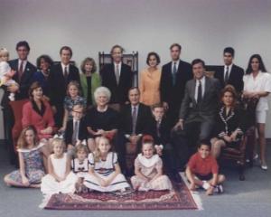 De ce familia Bush este prima dinastie americana a finantelor