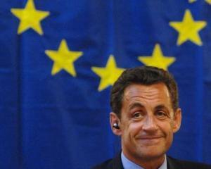 Nicolas Sarkozy vrea sa refondeze Europa