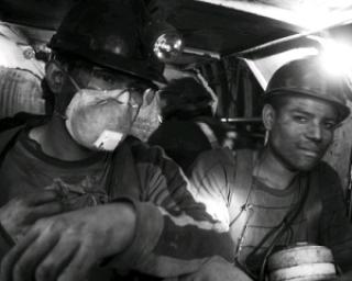 Explozie la Mina Uricani: Cinci oameni au murit in subteran