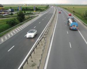 Autostrada Bucuresti-Pitesti a implinit 45 de ani. La Multi Ani si mai putine gropi!