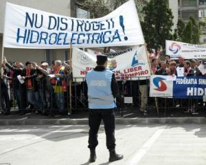 Borza vs. Ponta: Iesirea Hidroelectrica din insolventa nu este posibila atunci cand trambiteaza unii ca se va intampla