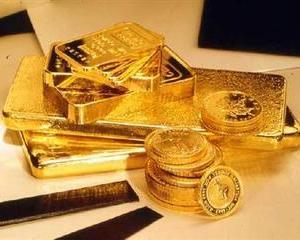 Aurul s-a umflat la un nou record: 1.816 de dolari uncia