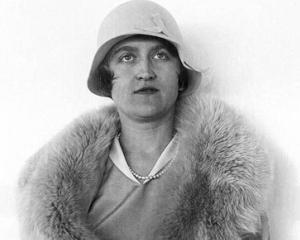 O milionara a murit la 104 ani, lasand in voia sortii o avere de 500 de milioane de dolari