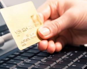 Posesorii cardurilor Maestro au primit in trei luni peste 100.000 de vouchere de reduceri