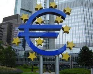 Extinderea sau fuziunea, solutii de supravietuire pentru bancile europene