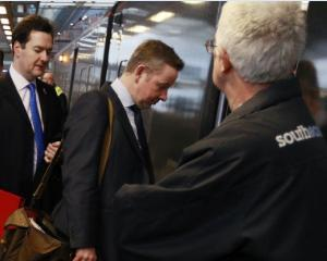 Ministru britanic prins fara bilet in tren