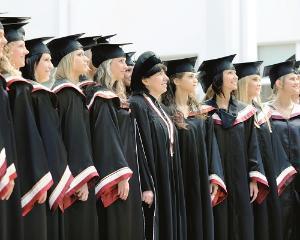 Romania, codasa la numarul de absolventi de studii superioare