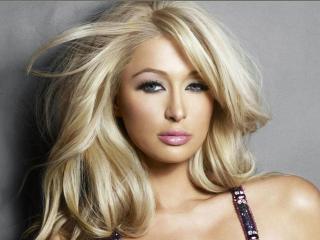 Un milion de dolari pentru un meci de box Lindsay Lohan - Paris Hilton