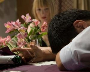 19% dintre britanici considera ca alcoolul ii face parinti mai buni