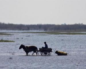 Ploua cu bani de prevenire a inundatiilor