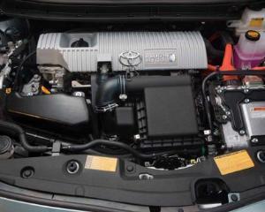BMW si Toyota lucreaza la urmatoarea generatie de baterii pentru masinile hibrid