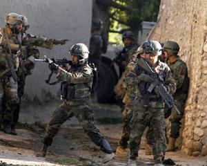 Americanii vor sa puna capat razboiului din Afganistan