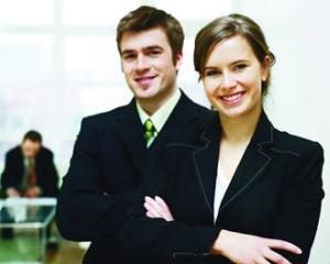 Cauti un internship, o bursa, vrei sa incepi o afacere? Vino la Targul Absolventilor