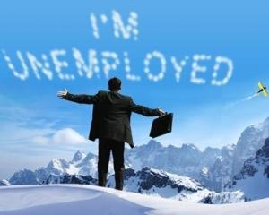 Absolventii institutiilor de invatamant, promotia 2012, pot primi o indemnizatie de somaj timp de sase luni