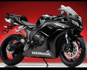 Importatorul automobilelor Honda in Romania preia si distributia motocicletelor