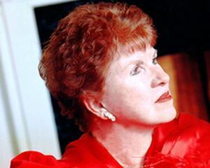 Soprana Patricia Brady-Danzig, asteptata in Romania