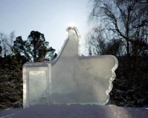 Pagina de Facebook a unui brand este mai valoroasa decat site-ul sau
