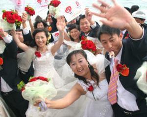 De ce chinezii isi cauta iubirea online