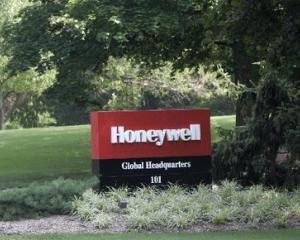 David Cote, seful Honeywell, se intalneste cu premierul Emil Boc