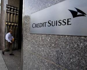 Profitul Credit Suisse a scazut cu 96% in primul trimestru