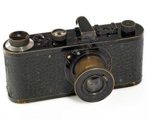 Cat costa cel mai scump aparat foto din lume? 1.000.000 lire sterline