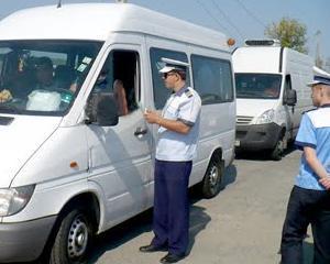 Aveti grija cu cine calatoriti! Trei sferturi din firmele de transport din Romania sunt in ilegalitate