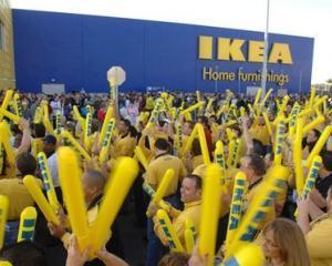 IKEA isi prezinta scuzele pentru utilizarea detinutilor din inchisoarea comunista