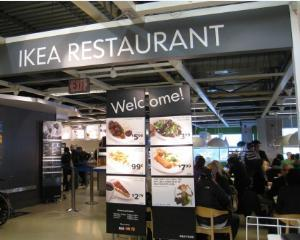 Ikea a vandut prajituri suspectate ca sunt contaminate