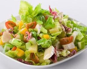 Top 5 salate bogate in calorii