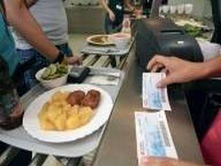 Magazinele nu mai accepta bonuri de masa Euroticket