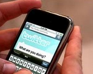 Un nou scandal in social media: Twitter iti descarca agenda de contacte din telefon fara sa ai habar