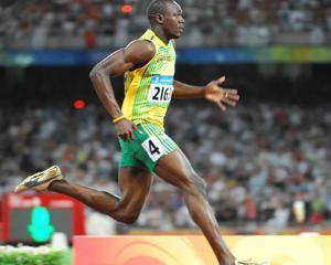 Usain Bolt, putin mai rapid decat dromaderul