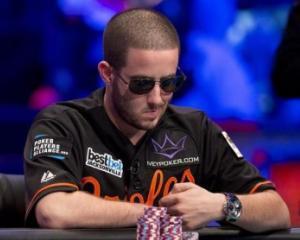 Pokerul, la fel de rentabil ca loteria