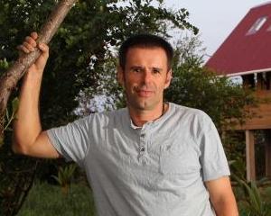 Un aventurier vinde o insula cu 160.000 lire sterline