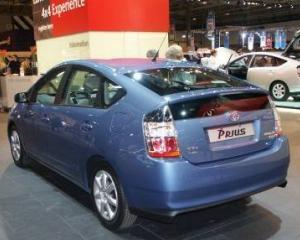 Doua treimi dintre cumparatorii de automobile hibride nu mai achizitioneaza altele a doua oara