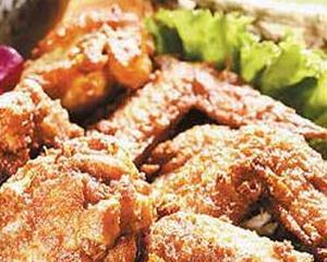 Un manager de la KFC spune ca a fost dat afara, pentru ca a refuzat sa vanda