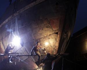 Comenzile noi din industrie au crescut cu 14,9% in primele 11 luni din 2011
