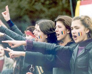 Presa din R. Moldova: Posibilitatea unirii cu Romania ii sperie pe liderii rusi