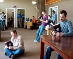 Solutiile adoptate de o companie pentru cresterea productivitatii sunt...