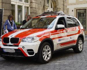 Ambulanta de lux pentru Arhiepiscopia Tomisului: BMW X5