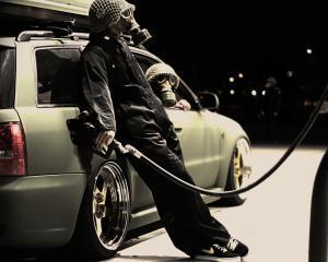 Petrom a scumpit benzina si motorina